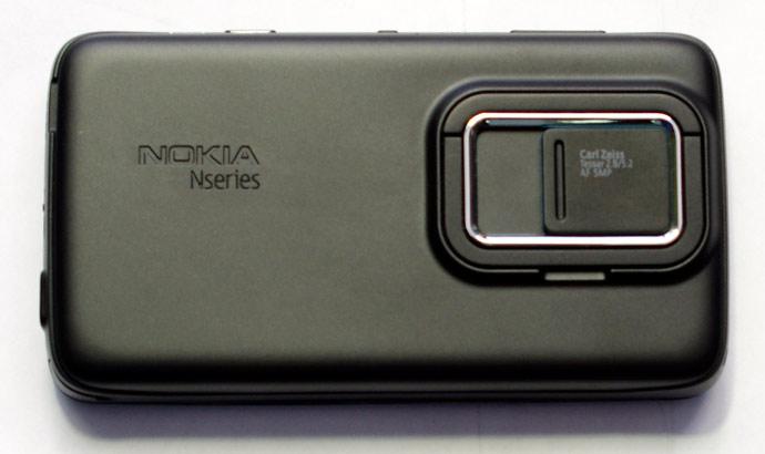7-zadniaia-panel`-telefona-Nokia-N900