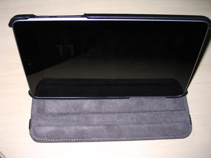 Planshet-Nexus7-v-chekhle