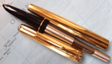 Ручка Parker 61 MkII со снятым колпачком пера и колпачком барреля