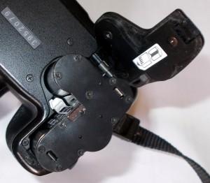 Адаптер Pentax D-BH109 установленный в камеру вид сверху
